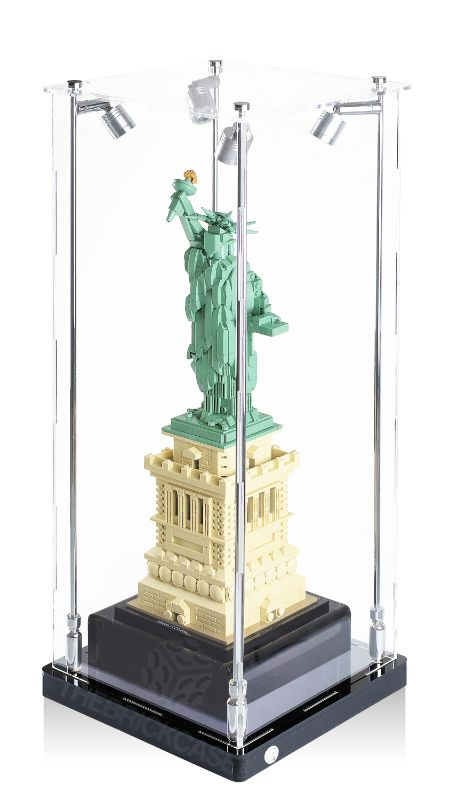 LEGO® Architecture Statue of Liberty Display Case - Side View AC0201-BCLG